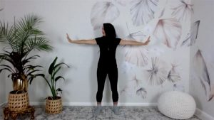 quick qigong exercise Extend arms and look left and right TCM qigong movements