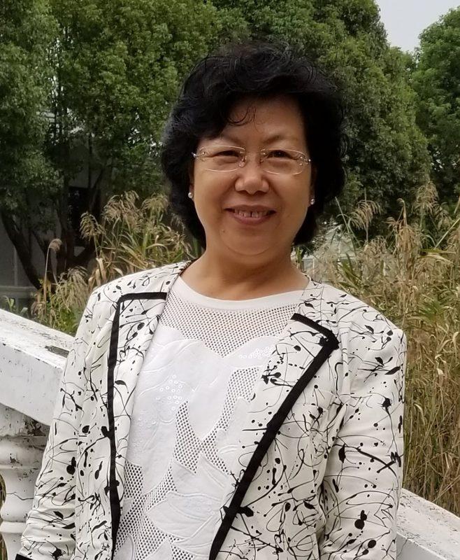 Dr. Eva Zhang