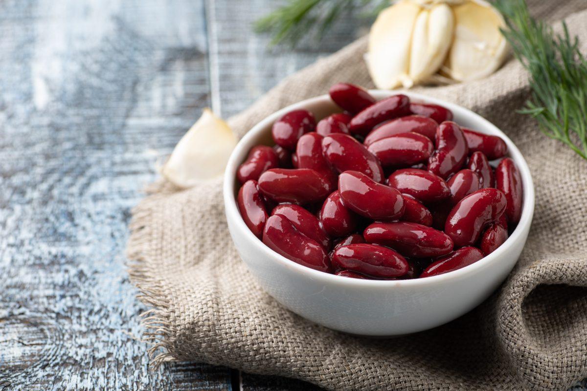 Kidney beans for lustrous hair